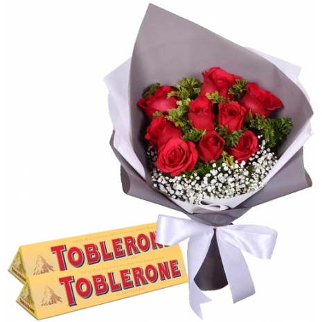 12 Red Roses with Chocolate Bar