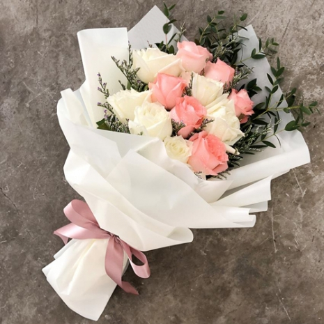 send 12 pcs pink and white roses bouquet to philippines