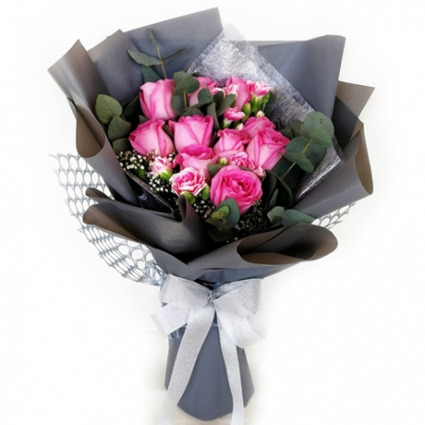 send ecuadorian roses w/ carnation in bouquet to philippines