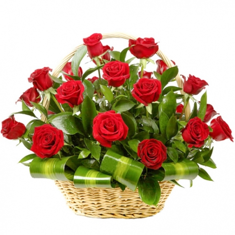 18 pcs. Red Color Roses in Basket