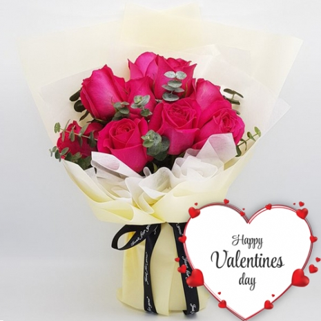 9 red valentines roses bouquet